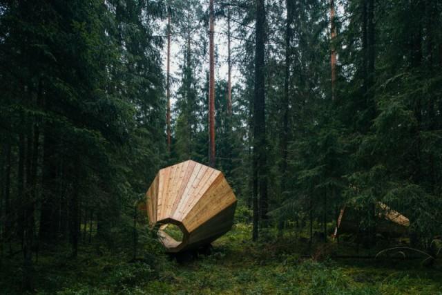 «Лісові» мегафони в Естаної